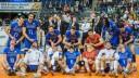 les-volleyeurs-francais-fetent-leur-victoire-contre-la-bulgarie-lors-du-tournoi-de-qualification-olympique-le-8-janvier-2016-a-berlin_5494884